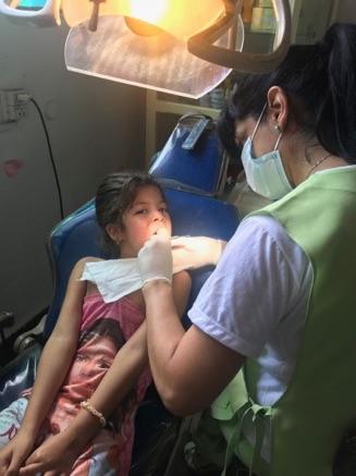 Zahnarztbesuche im Kinderheim Posadas