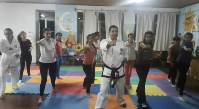 Taekwondo im Mädchenheim Posadas